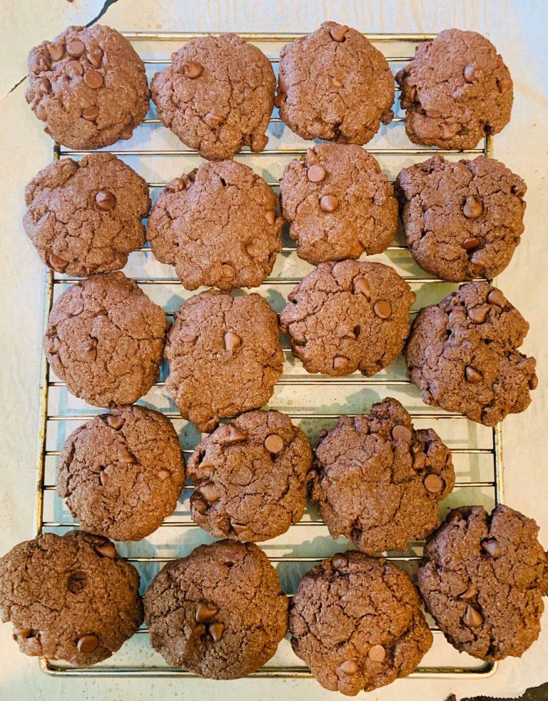 Super Easy Gluten Free Chocolate Cookies
