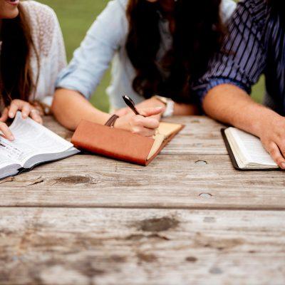 The Ultimate List of Beth Moore Bible Studies
