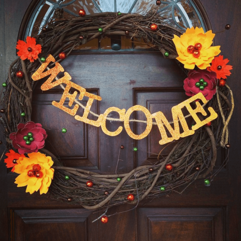 Fall wreath that says welcome. Great fall craft to do in october