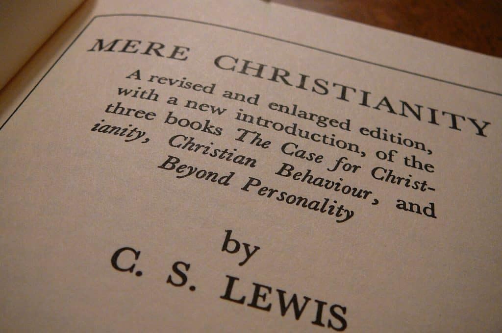 Inside picture of Mere Christianity book