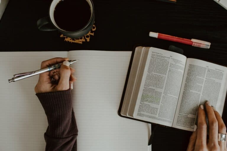12 Important Tools for Studying the Bible