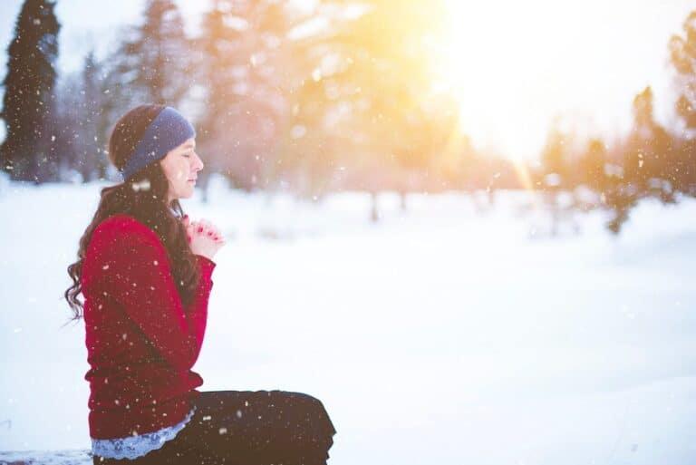 A Woman Who Prays: 3 Ways To Develop a Powerful Prayer Life